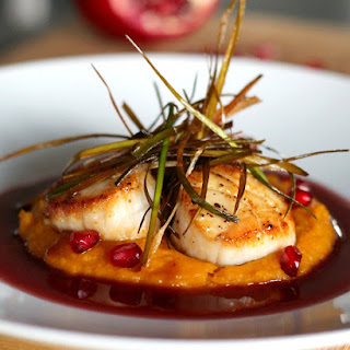 Seared Scallops with Pomegranate Beurre Blanc