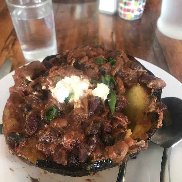 I ordered this delicious vegetarian chili served on a pumpkin. Menu has LOTS of gf options. I'm definitely coming back!!