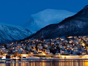 Photo: Tromsdalen and Tromsdalstinden, from Tromsø