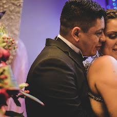 Wedding photographer Miguel Cali (miguelcali20). Photo of 21.08.2017