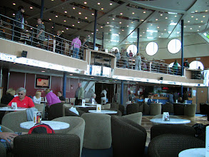 Photo: Forward lounge MS Superstar