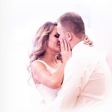Wedding photographer Tomek Aniuksztys (aniuksztys). Photo of 05.01.2019