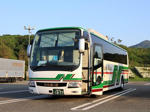 新潟交通「新潟~長野線」 1077 米山SAにて_01