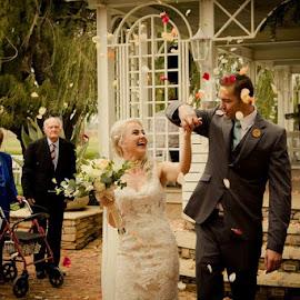 by Yolanda Groenewald - Wedding Bride & Groom