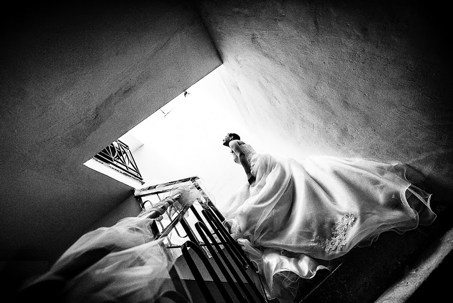 Wedding photographer Emanuele Carpenzano (emanuelecarpenz). Photo of 08.05.2014
