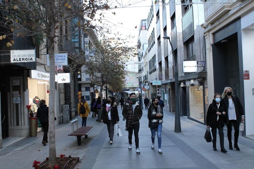 La vida comercial de la ciudad en periodo de Rebajas.