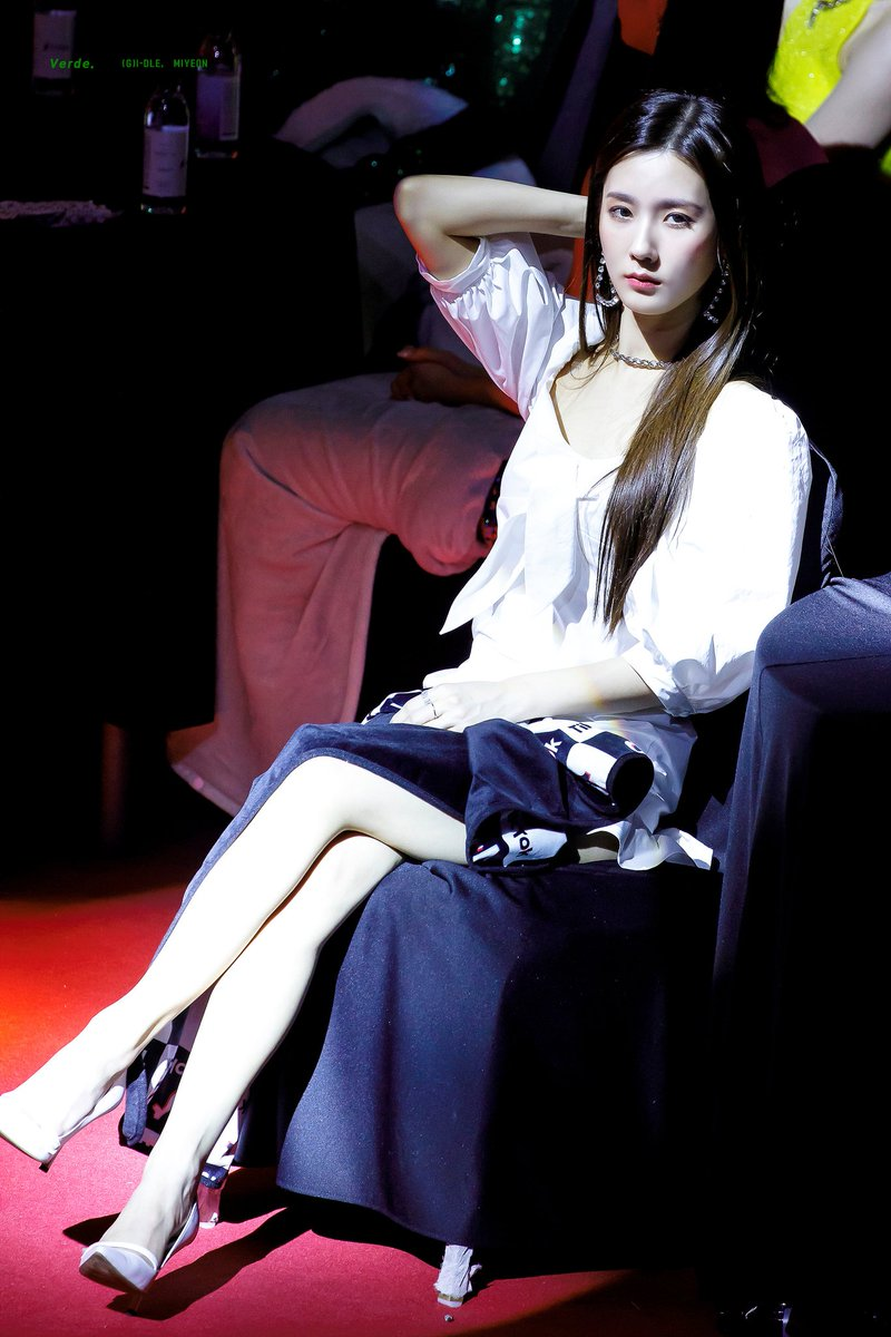 miyeon white 43