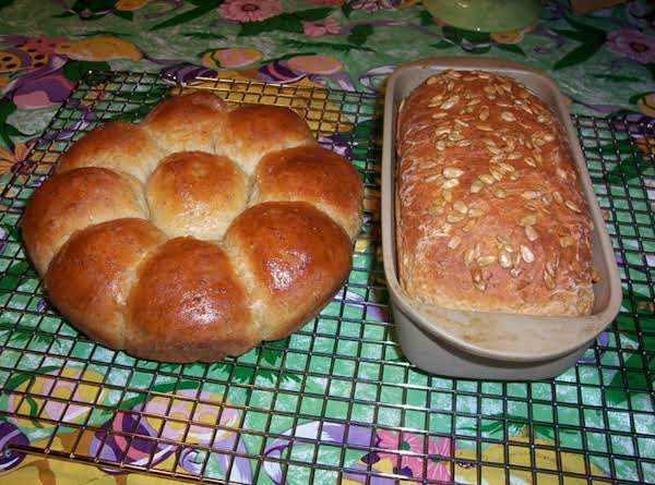 Hearty Oat And Whole Wheat Bread