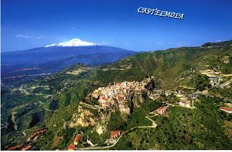 Photo: Castelmola, v pozadí Etna