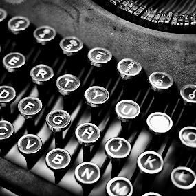Clickity-clack by Chris Couper - Artistic Objects Antiques ( type writer, b&w, black and white, typewriter )