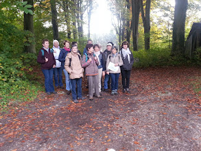 Photo: Fabienne, Catherine, Anne-Marie, Ginette, Claudia, Nicole, Daniel, Simone, Josiane, Henri, Isabelle, Nelly, Isolde et Marc qui prend la photo.