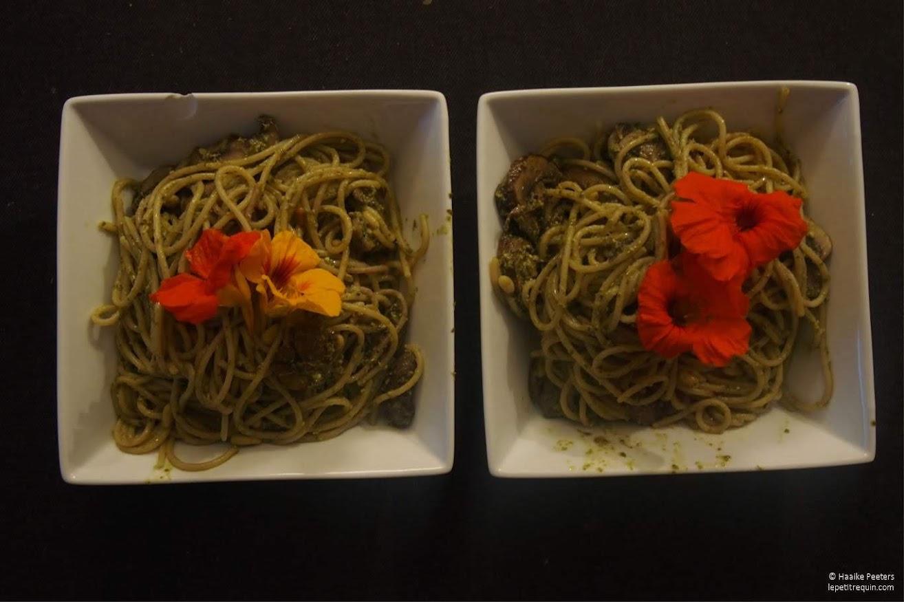 Pasta pesto met champignons (Le petit requin)