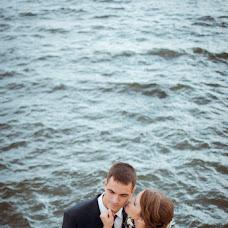 Wedding photographer Vitaliy Zhilcov (Zhiltsov). Photo of 02.10.2013