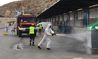 En imágenes: la UME lucha contra el coronavirus en Almería