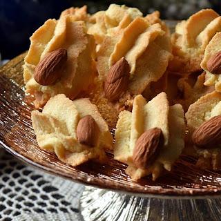 Big Batch Soft Chewy Classic Italian Amaretti Cookies.