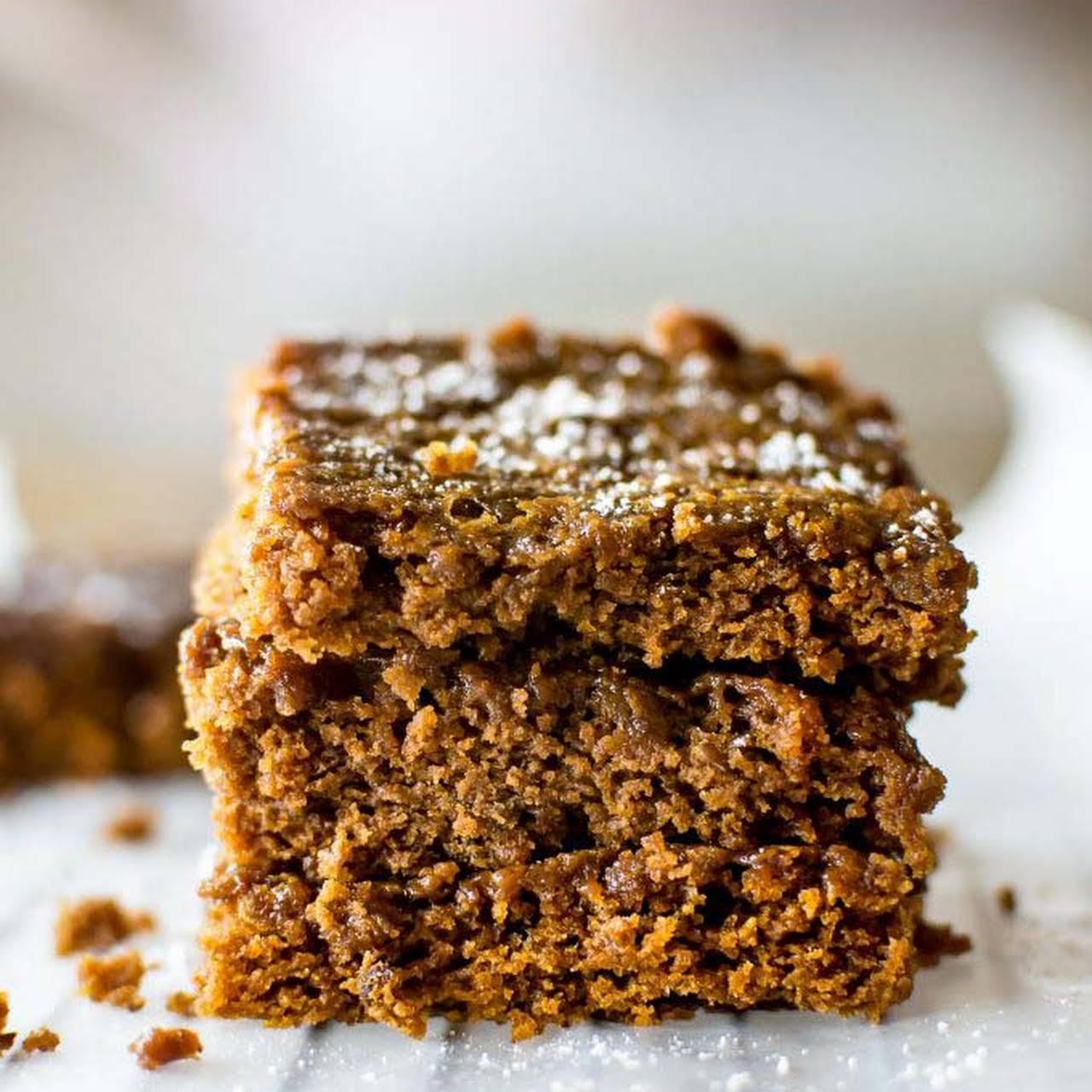 Vegan Gingerbread Cookie Bars