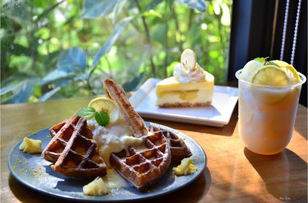 南島檸夏梅爾檸檬給你滿滿的夏日氣息/下午茶的酸甜好滋味/黑浮咖啡RÊVE Café