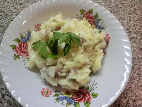 Smashed Red Potatoes W/garlic & Parmesan Cheese Recipe