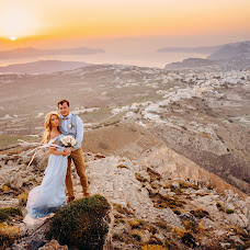 Wedding photographer Sergey Drobotenko (santo777). Photo of 25.11.2016