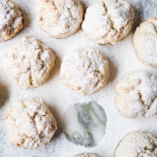 Gluten Free & Keto Amaretti Cookies.