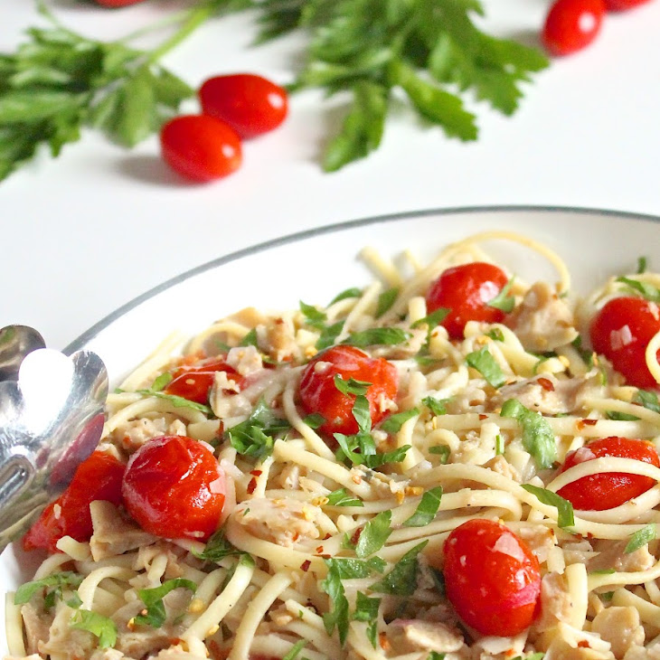 Chopped Clams and Linguine in Wine Sauce Recipe