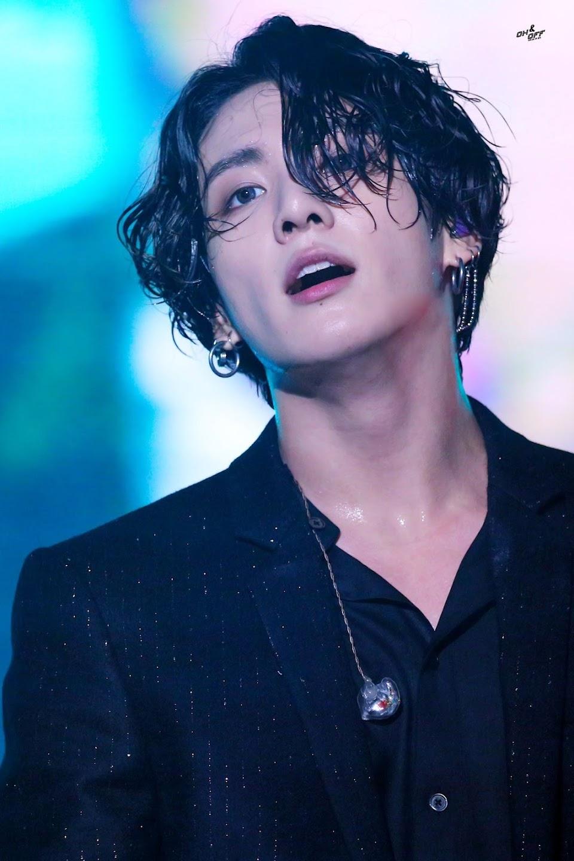 bts jungkook long hair 2
