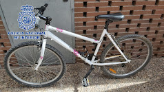 Bicicleta robada de un balcón.