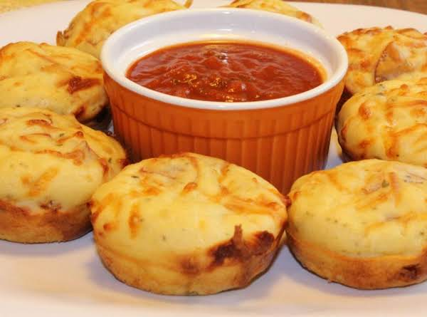 Muffins Made With Turkey Pepperoni And Mozzarella Cheese.  Picture From Simplybeingmommy.com