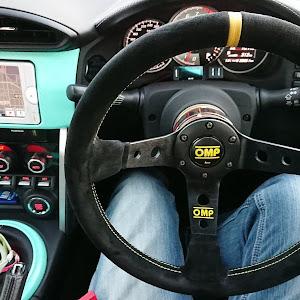 86  GTのステアリングのカスタム事例画像 ツルさんの2018年12月18日08:43の投稿