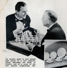 Photo: Close-up of the page from the Sept.1936 issue of Modern Mechanix shown in the previous photo.   This shows that catalin chessmen were being made in the US at that date.