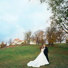 Wedding photographer Ostap Davidyak (Davydiak). Photo of 15.12.2015