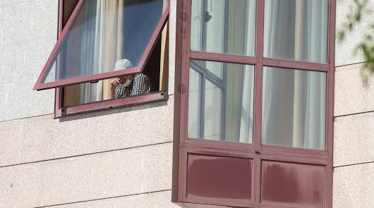 Crecen los hospitalizados en Almería y los casos en los brotes de residencias