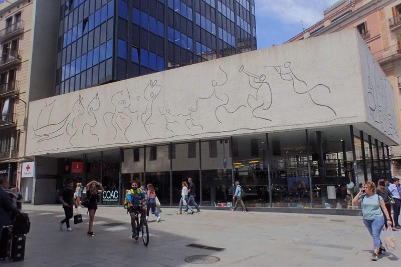 Col·legi d'Arquitectes de Catalunya (Barcelona, Spain)
