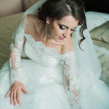 Wedding photographer Elena Gankevich (GanLena300877). Photo of 15.10.2016