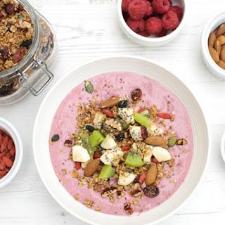 Pretty in Pink Smoothie Bowl [vegan].