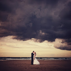 Wedding photographer Cedric Duhez (cedricduhez). Photo of 21.08.2014