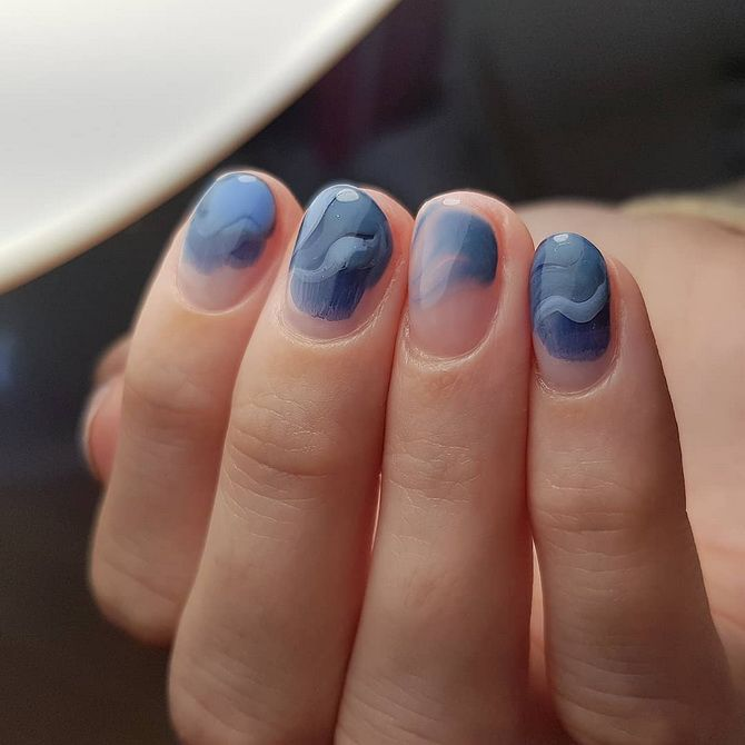 manicure sea wave