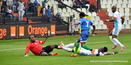 Photo: George Davies puts DR Congo defence under pressure     [Leone Stars v DR Congo, 10 September 2014 (Pic © Darren McKinstry / www.johnnymckinstry.com)]