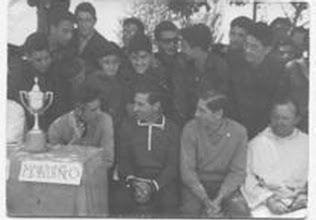 """Photo: 24-6-1964. Durante el partido final del """"Torneo Mondeño"""""""