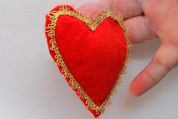 Il cuore in mano di acquario