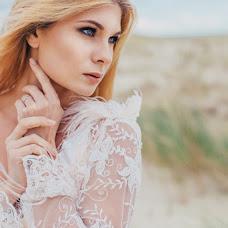 Wedding photographer Kristina Dorina (miolmor). Photo of 11.01.2017