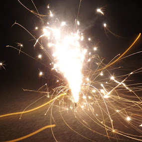 by Morgan Travis - Abstract Fire & Fireworks