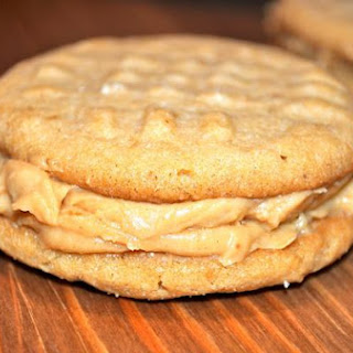 Crunchy Peanut Butter Cookie Sandwiches