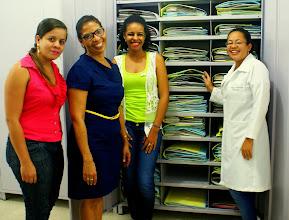 Photo: Rosana Souza, bolsista do PNE (Associação Plantas do Nordeste), Guadalupe Macedo, curadora, Tátila Argolo, bolsista INCT-HVFF e Rogersia Moreira, técnica do herbário.