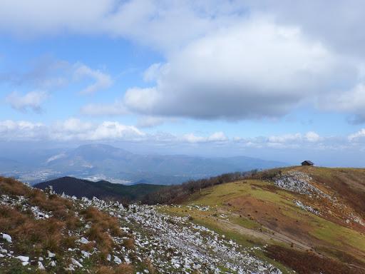 経塚山はトラバース