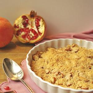 Pomegranate Apple Crumble