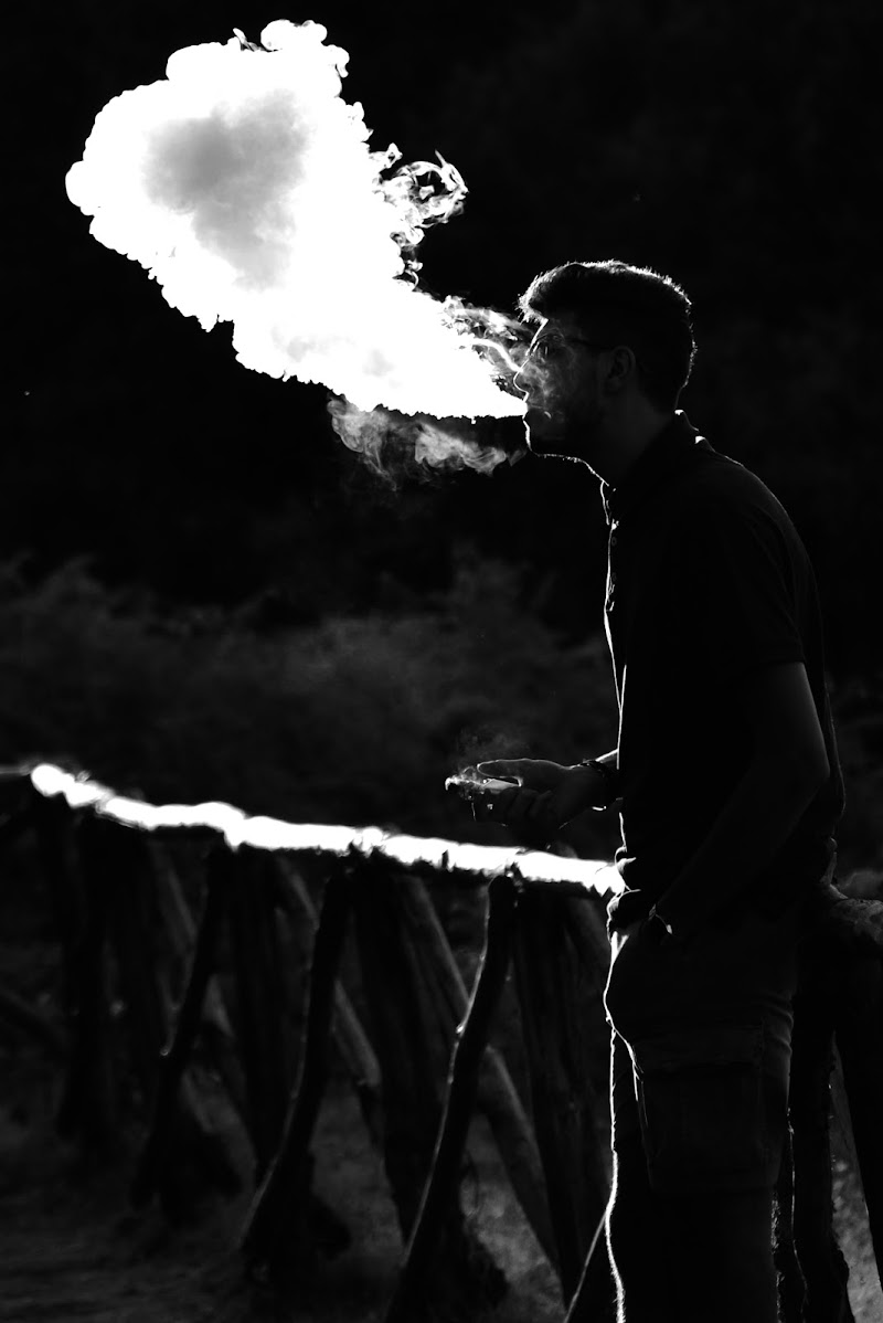 Smoking boy di Robman69