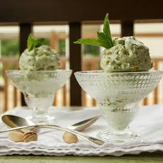 Pistachio Mint Frozen Yogurt.