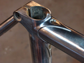 Photo: More teardrops on both points of the seat lug.