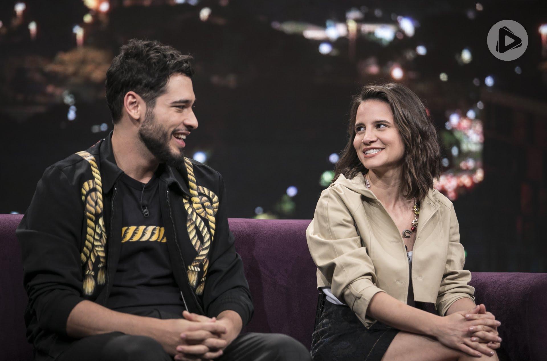 "Bruno Fagundes e Bianca Comparato no ""Programa do Porchat"""